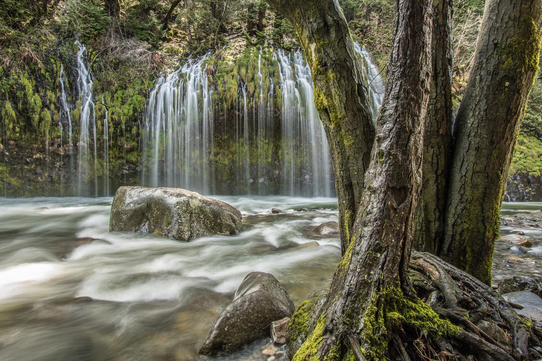Mossbrae Falls - Dunsmuir