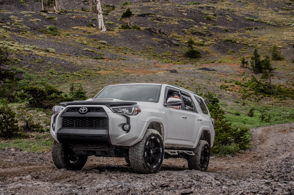 N-Fab Nerf Bars - 5th Gen 4Runner