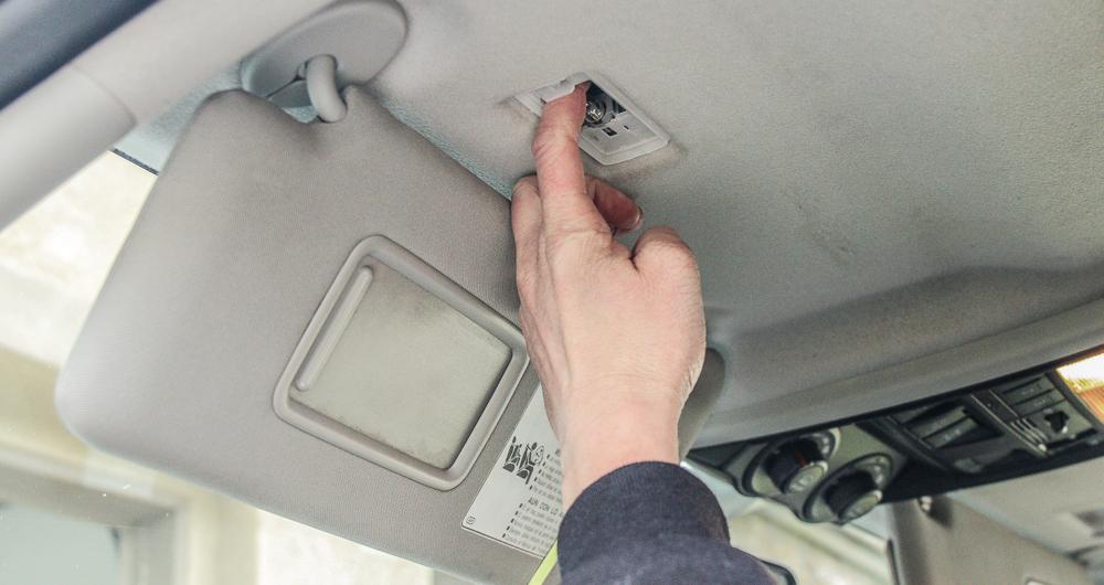 Vanity Visor LED Light Install Step #3 - Remove OEM Bulb