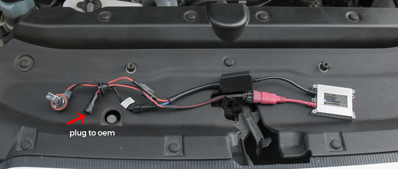 4Runner HID Install Step #5 - Wire HID System to Ballasts