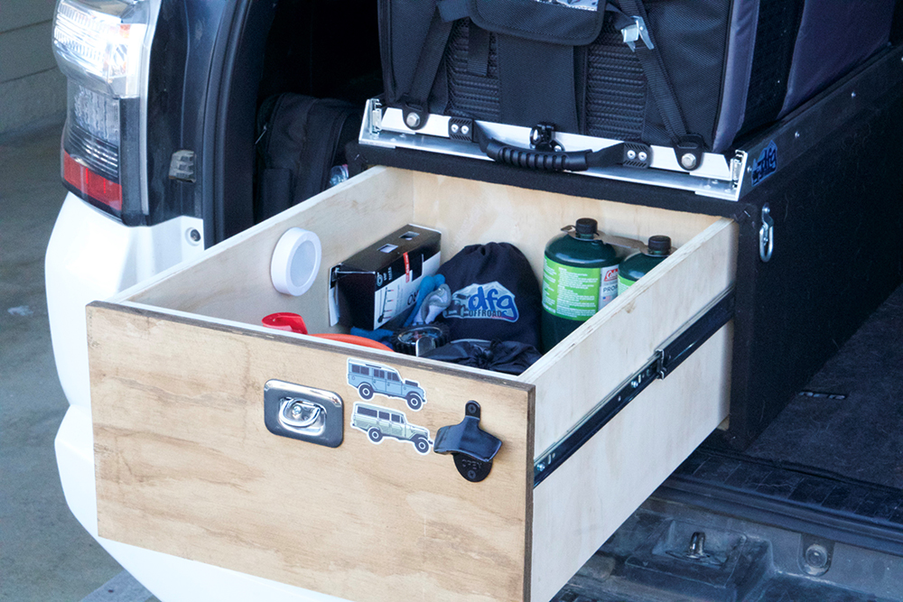 Additional Shots of the Dometic CFX50 Off-Road Fridge set-up