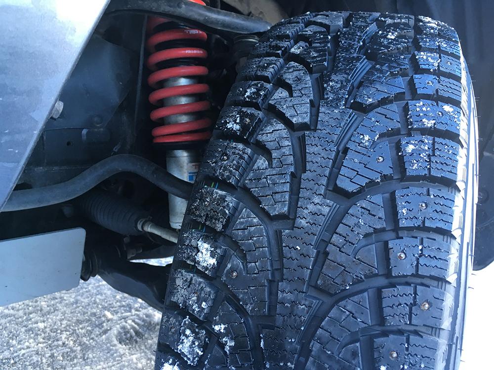 Hankook i-Pike RW11 Studded Snow Tires