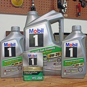 6.6 Quarts of 0W-20 oil