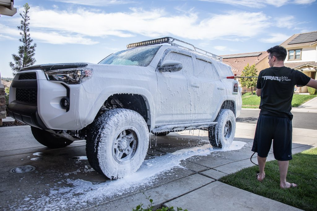 Cleaning Truck with Foam Cannon
