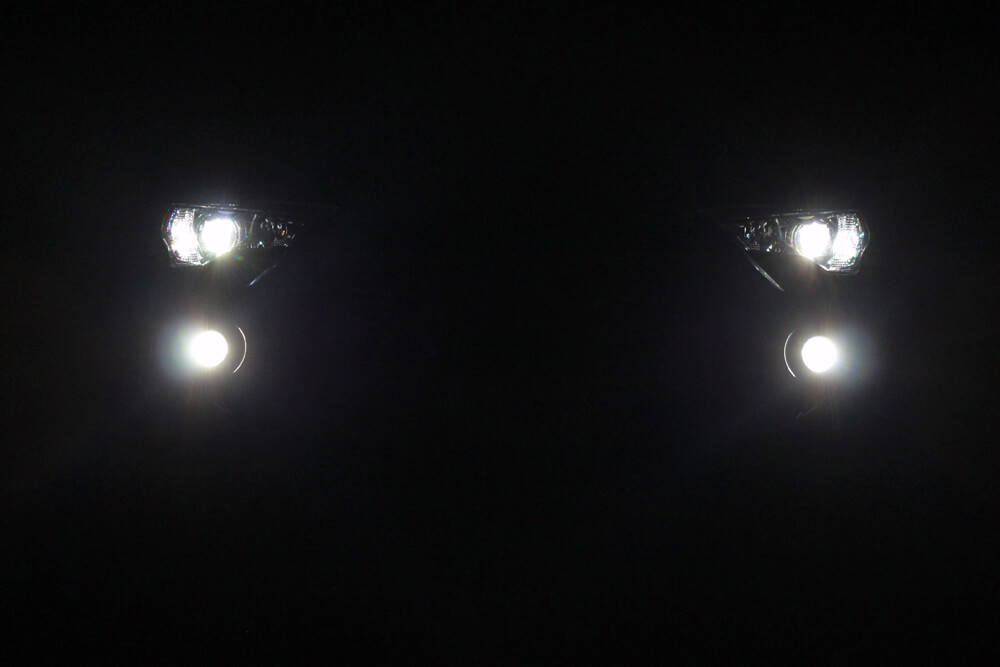 Diode Dynamics Fog Lights - White Close up