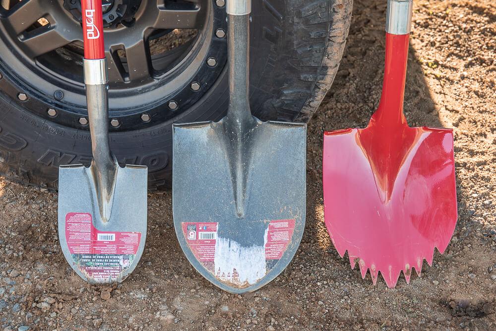 Bond Compact D-Grip Off-Road Shovel