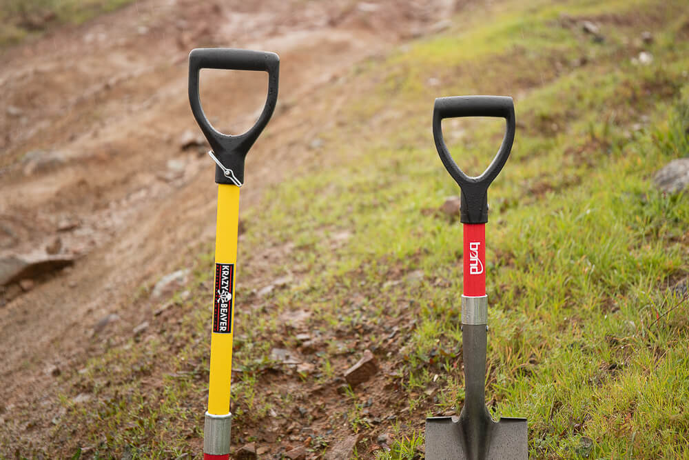 Off-Road Shovel Handle Design