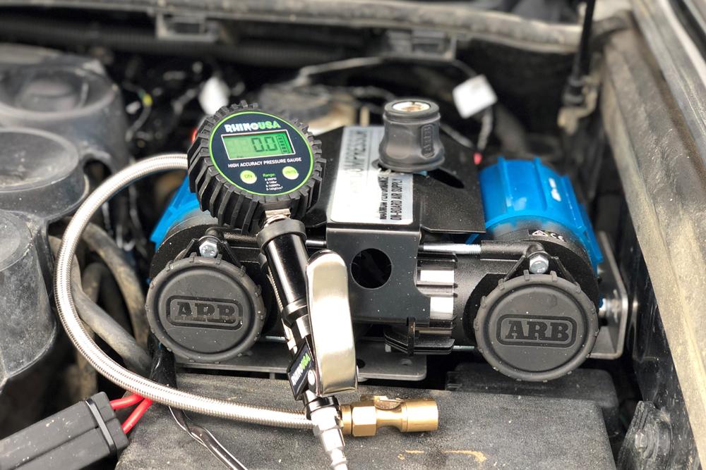 Rago Air Compressor Mount & Rhino Usa Digital Gauge - Using the Pressure Inflator Gauge