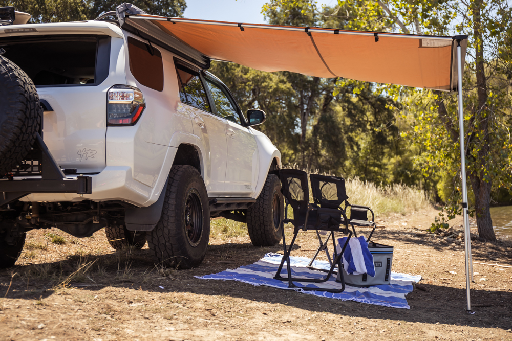 ARB Awning Assembly and Set-Up Guide