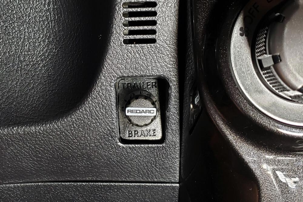 REDARC Tow-Pro Elite Trailer Brake Controller Install: Complete System Install