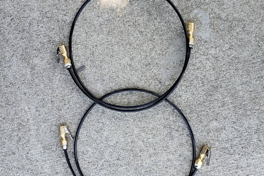 2-Way Inflation and Deflation System For Your 4x4 Tires: Quick Overview & Install Guide: Step 6. Cut Pneumatic Air Line + Connect Male Thread to Air Chucks
