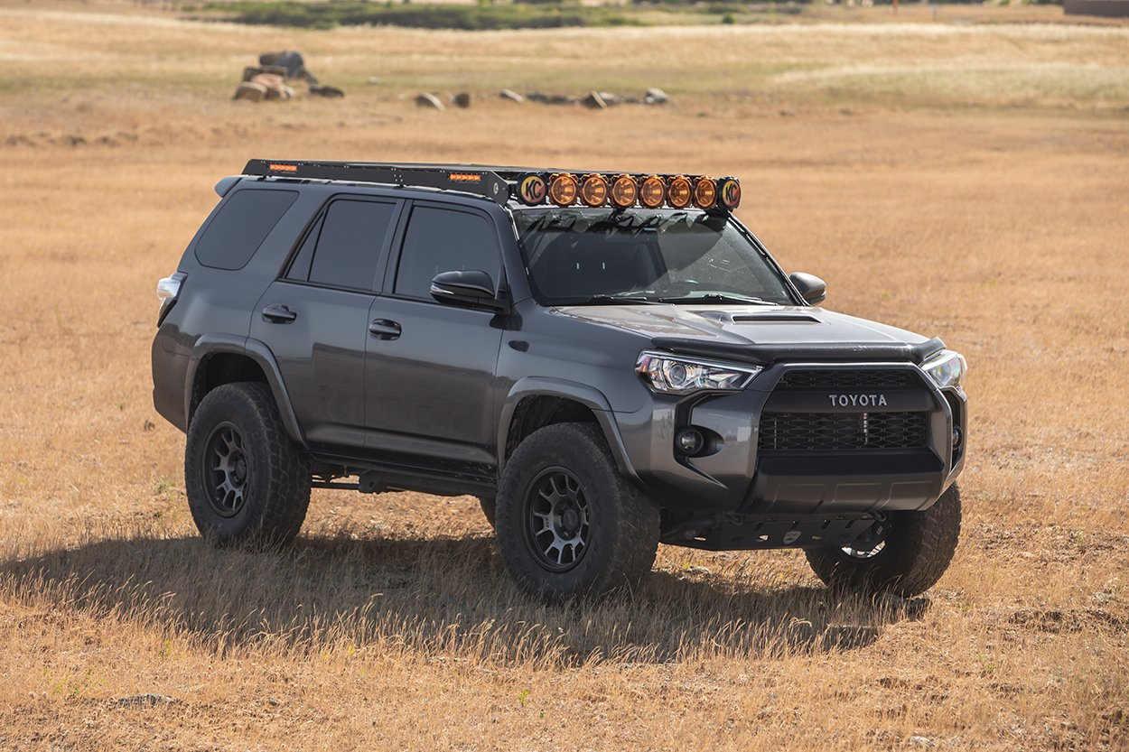 RSG Offroad Skid Plate with KC Pro6 M-Rack