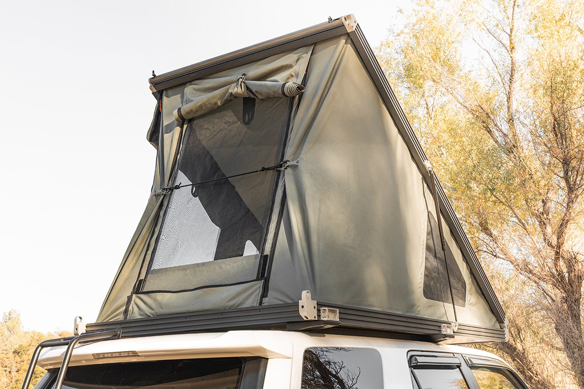 Rooftop Tent Wedge / Clamshell Design