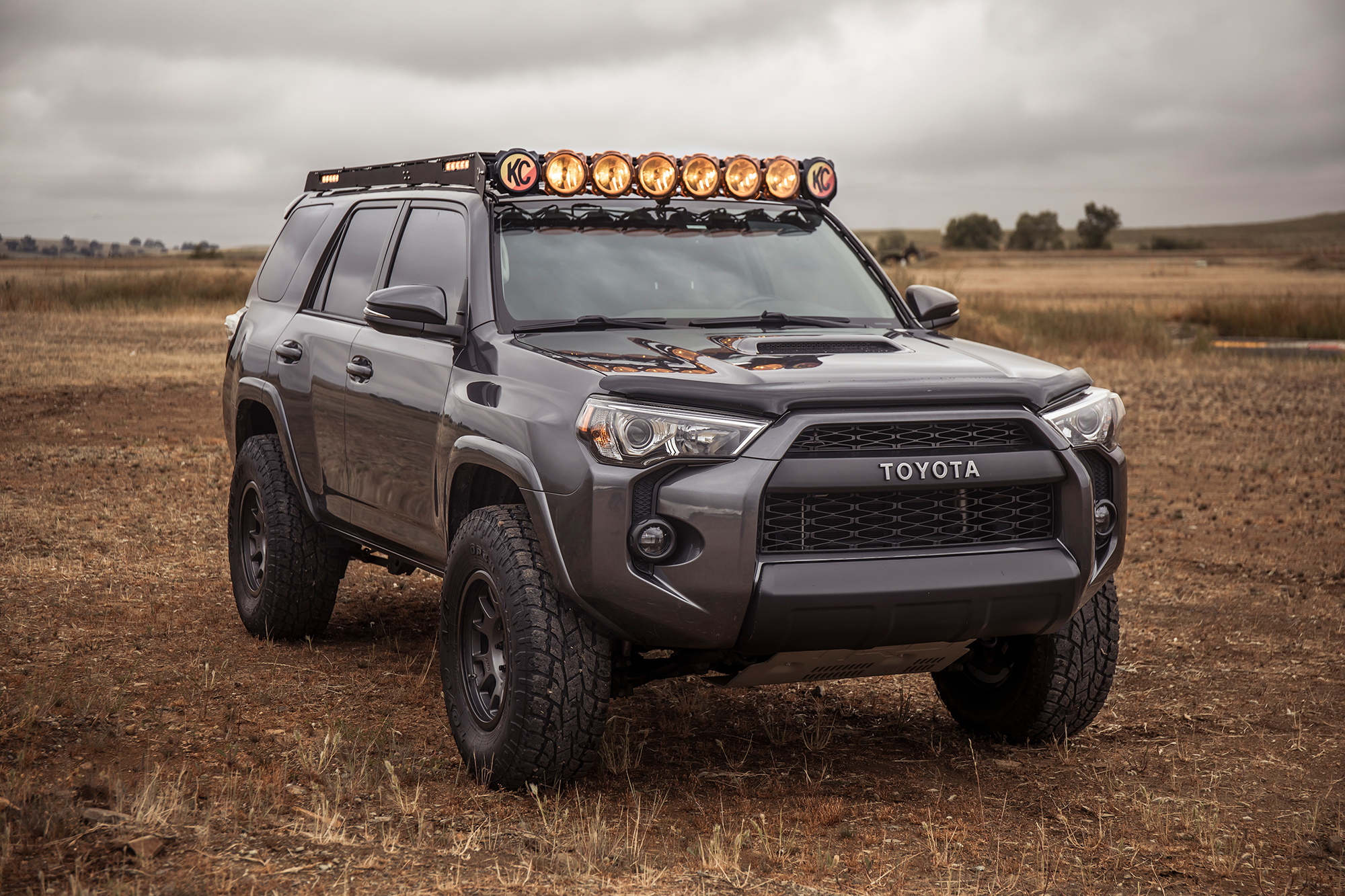 KC Pro6 M-RACKS Roof Rack on 5th Gen 4Runner with Scene Lights