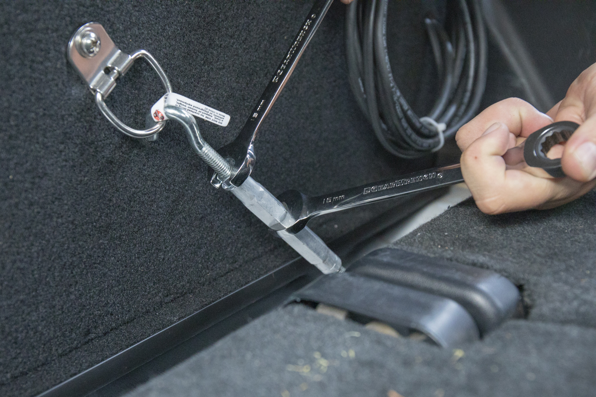 How to use turnbuckles