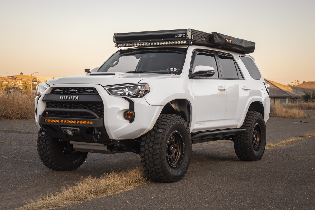 "KC HiLiTES 50"" FLEX Light Bar on 5th Gen 4Runner"