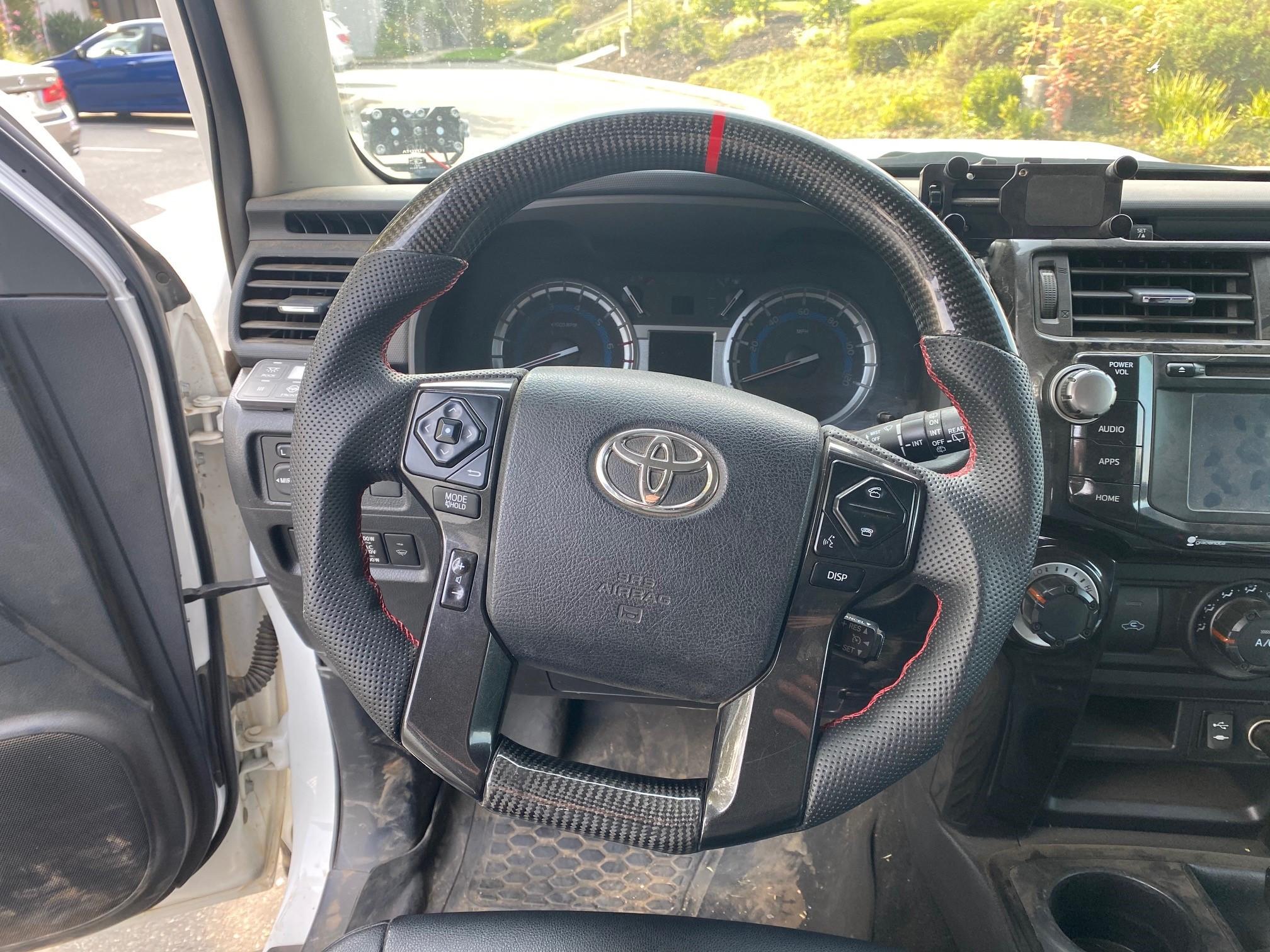 CarTrimHome_Steering_Wheel_Toyota_01.jpg