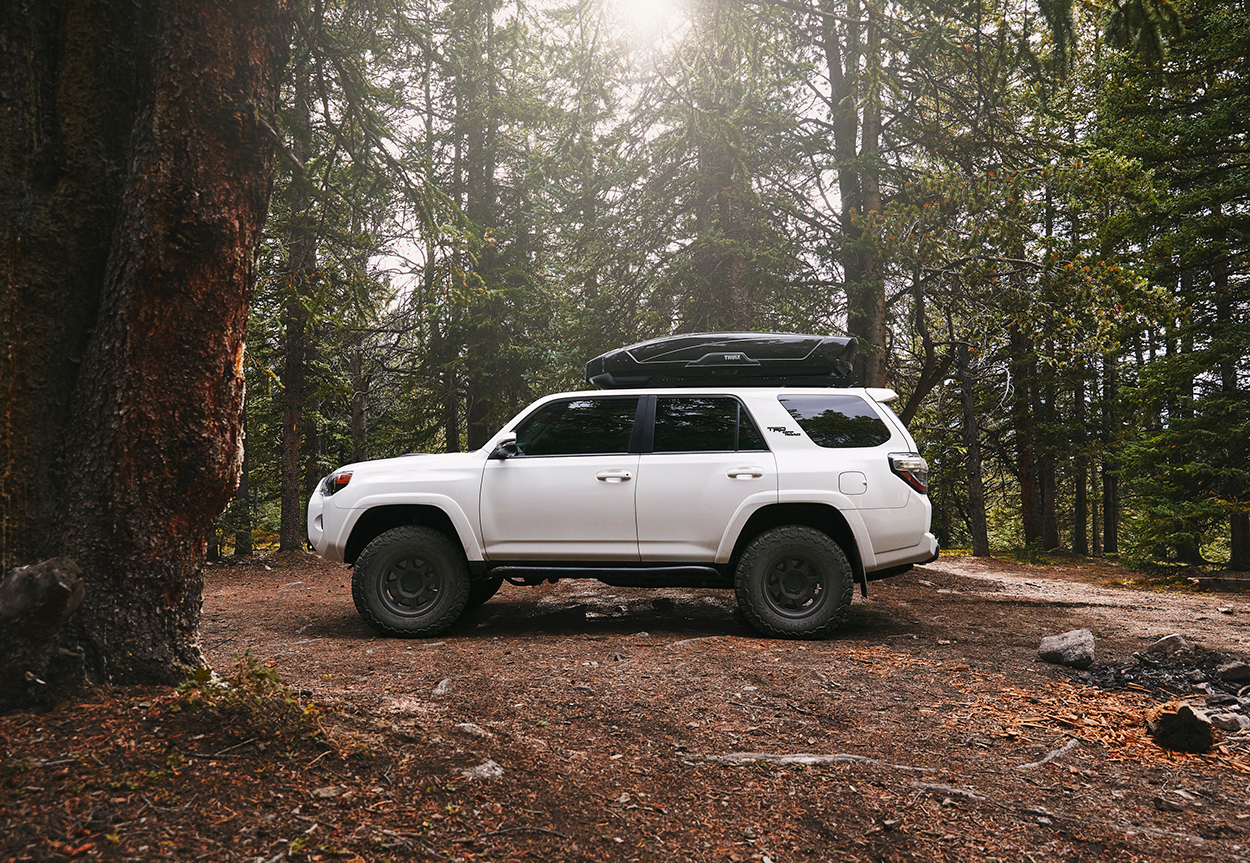 White Lifted 5th Gen 4Runner (Icon Stage 2)