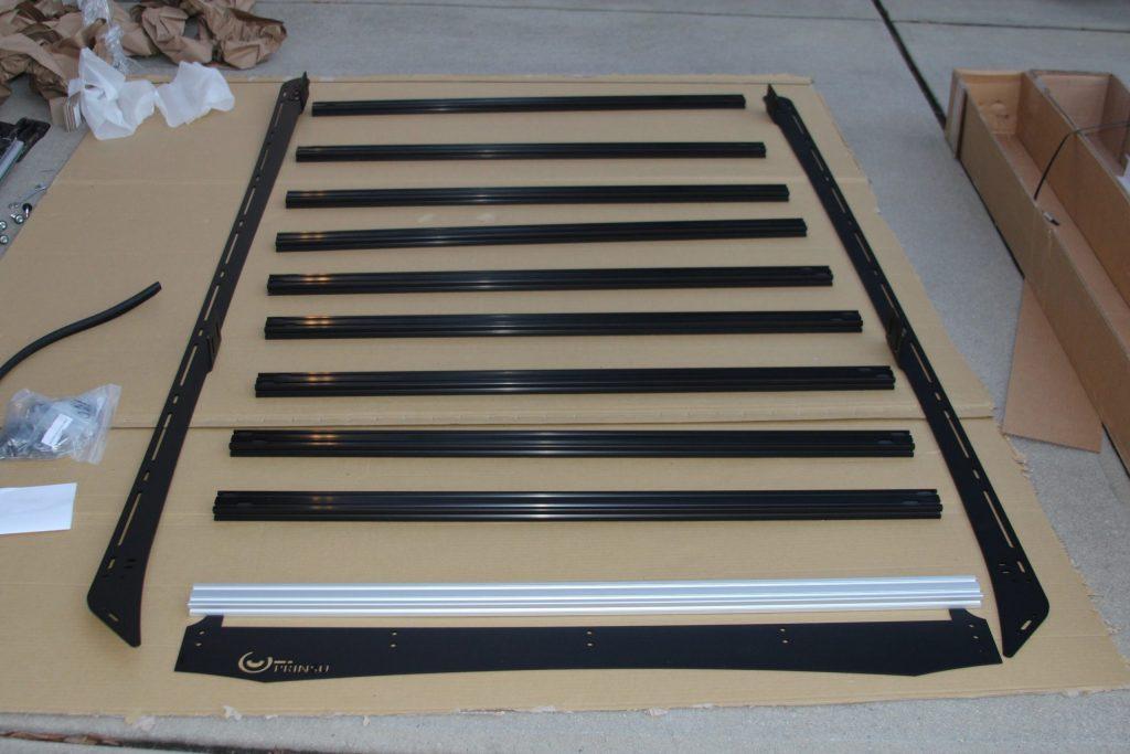 Prinsu Full Length Roof Rack Un-Boixng