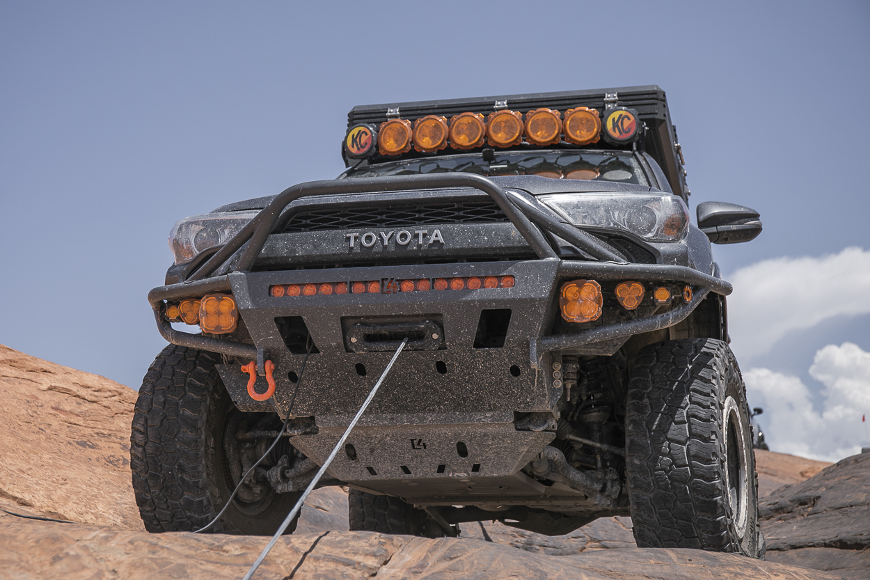 Winching at Hells Gate in Moab UT - Recovery Points on 4Runner