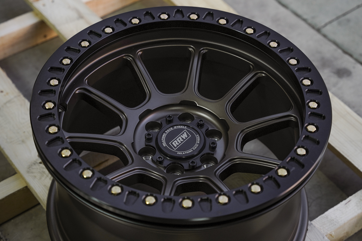 """RR8-H (Hybrid Beadlock) 17"""" Off-Road Wheels for Toyota Tacoma and 4Runner"""