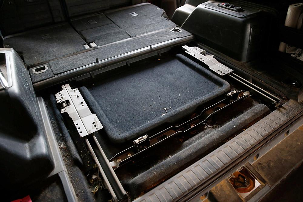 5th Gen 4Runner Rear Sliding Deck Support Removal
