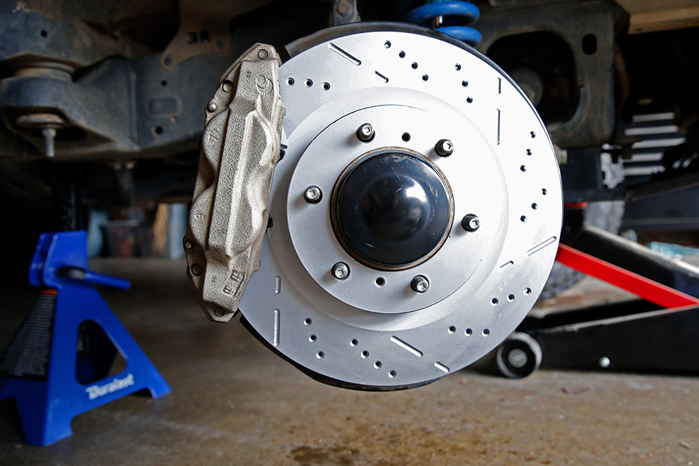 5th Gen 4Runner Remmen Front Brakes Slotted and Drilled Rotor
