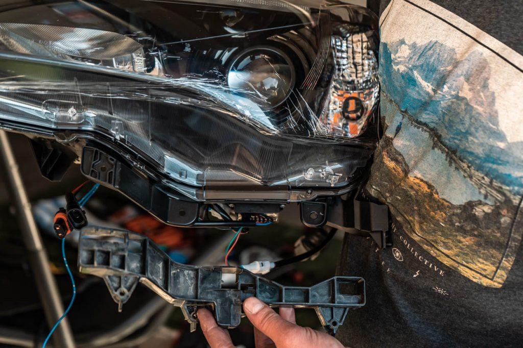 5th Gen 4Runner Depo Bay Headlight Install
