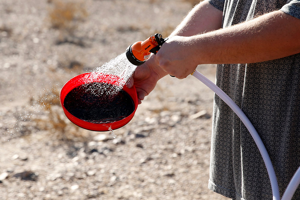 Pressurized Water Storage for Camping